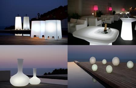 Quadrat Illuminated Outdoor Stool and Table