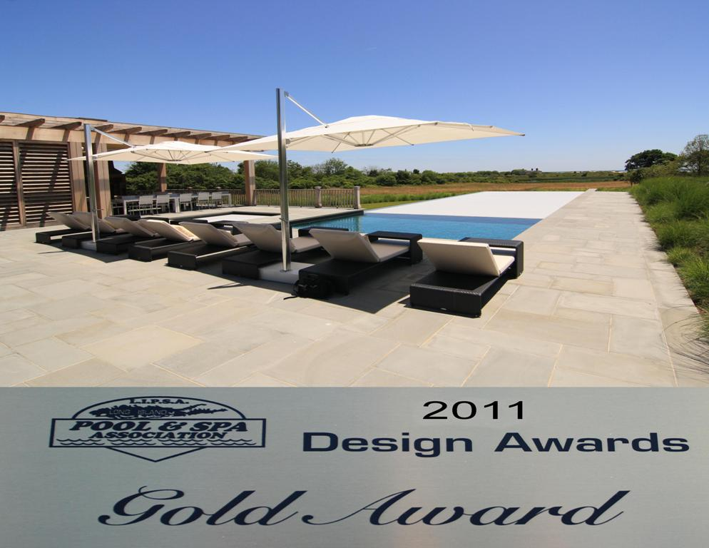 Covertech_Grando_automatic_rigid_pool_cover_Long_Island_Pool___SPA_Pool_Cover_Gold_Award_2011.jpg