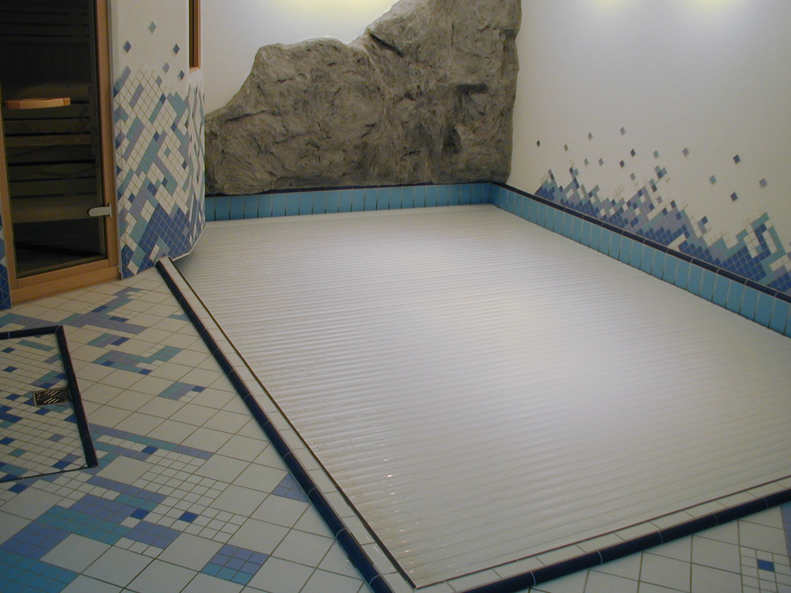 indoor in ground rigid slatted automatic pool cover covertech grando 6
