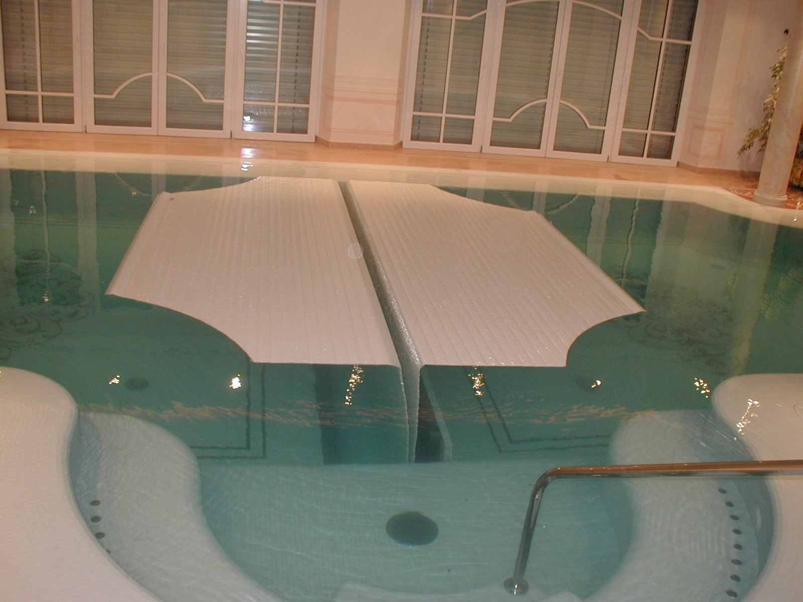 indoor rigid slatted automatic pool cover covertech grando IBS8 2
