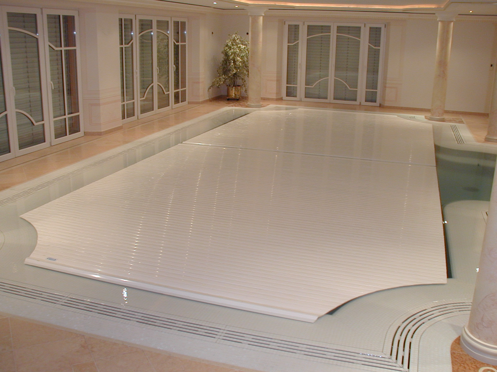 indoor rigid slatted automatic pool cover covertech grando IBS8 3